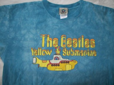 Beatles Yellow Submarine T-Shirt batik: L