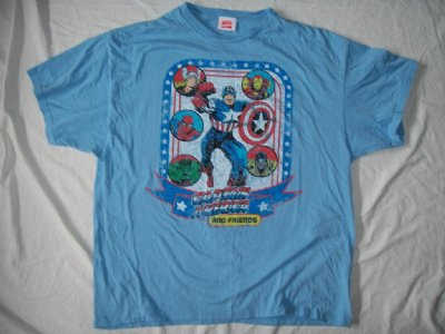 Captain America & Friends Marvel T-Shirt: XL