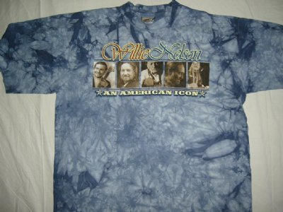 Willie Nelson T-Shirt An American Icon: L