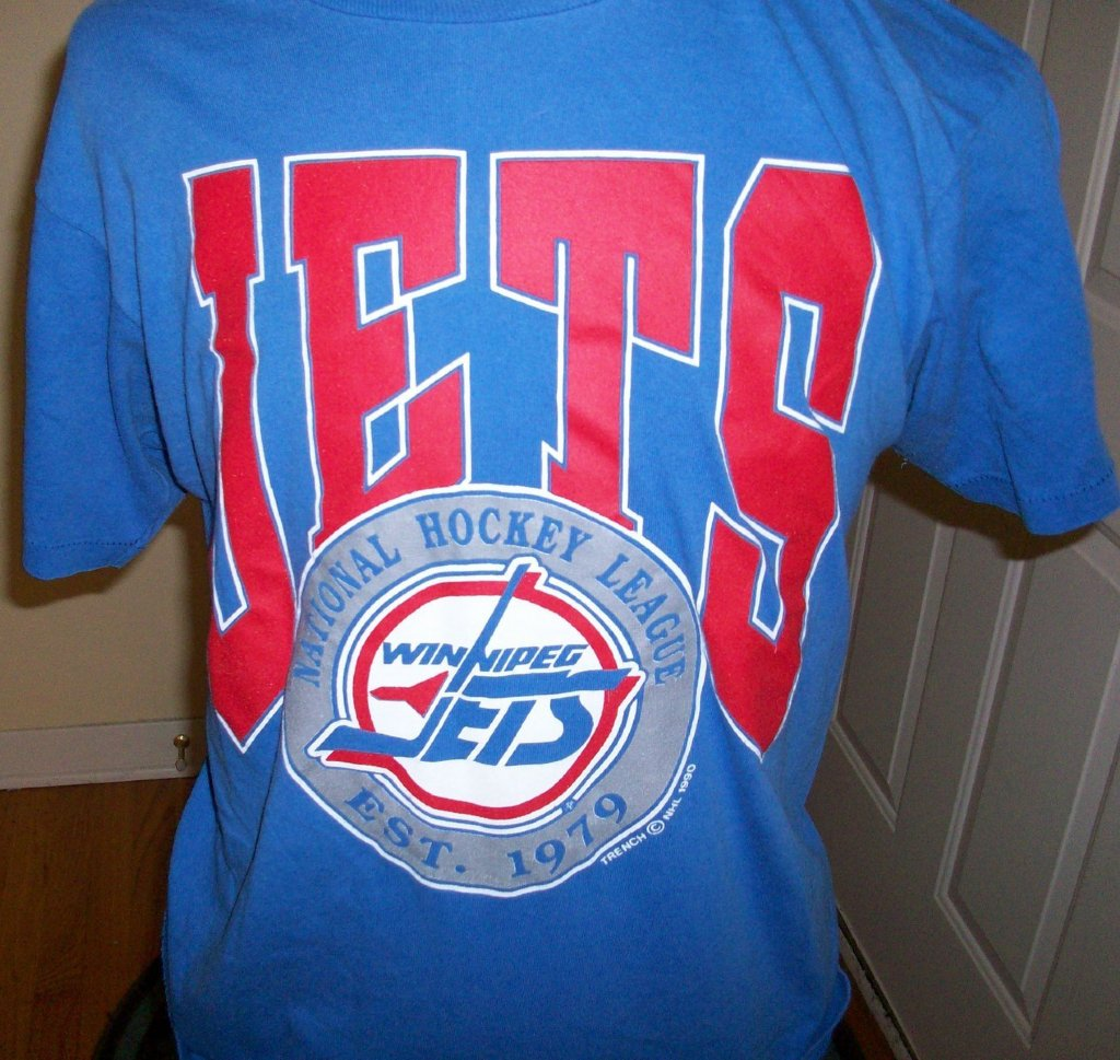 Winnipeg jets vintage nhl t shirt l for Retro nhl t shirts